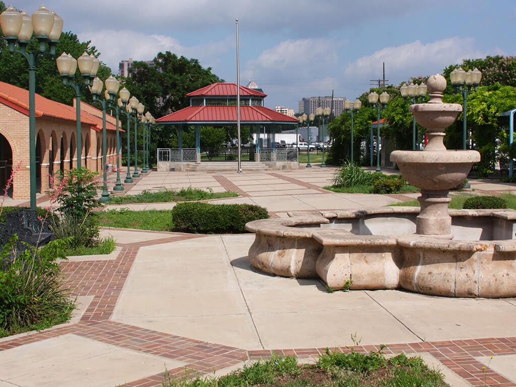 major-projects-plaza-saltillo